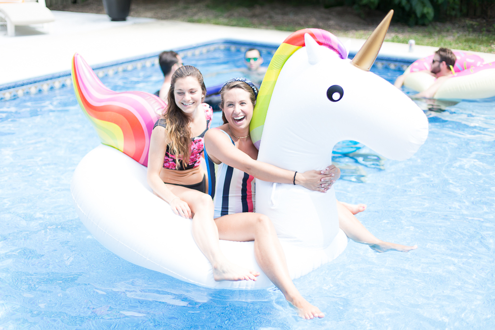 Tips for Summer pool party